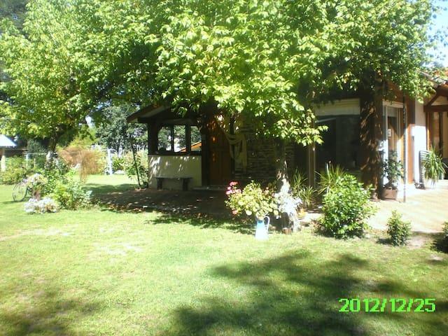 maison de plain pied proche Ocean - Salles - Dom