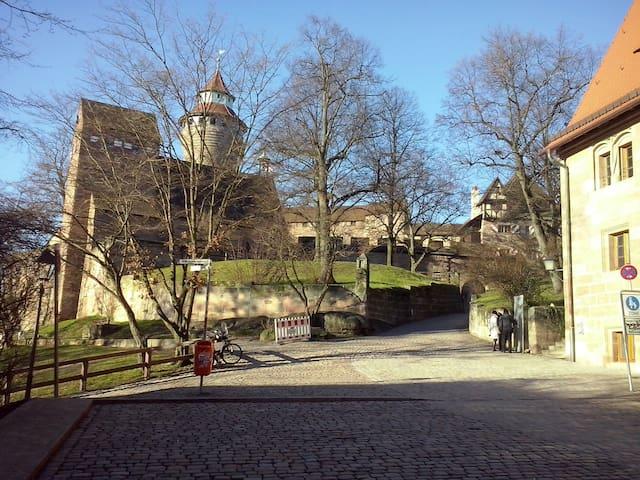 Highest lodging in Nuremberg next to the castle - Nürnberg - Pis