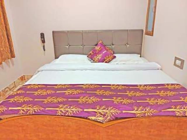 Standard Double Fan Room At Assi Varanasi II