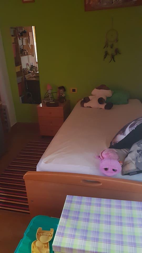 Habitación sencilla,  con cama nido,  para 1 o 2 personas