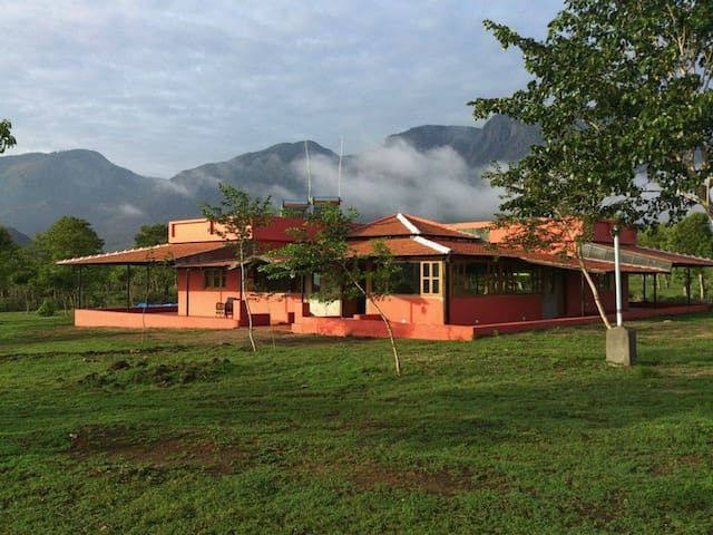 Bungalow Room 2 - Masinagudi - Bed & Breakfast