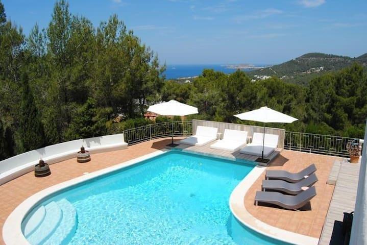 Beautiful villa near to the beach - Sant Josep de sa Talaia - Villa