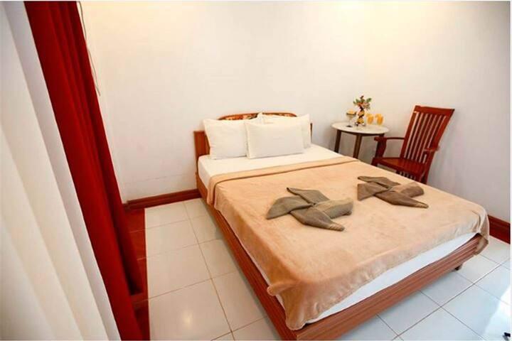 Comfortable Standard Room - Double 2