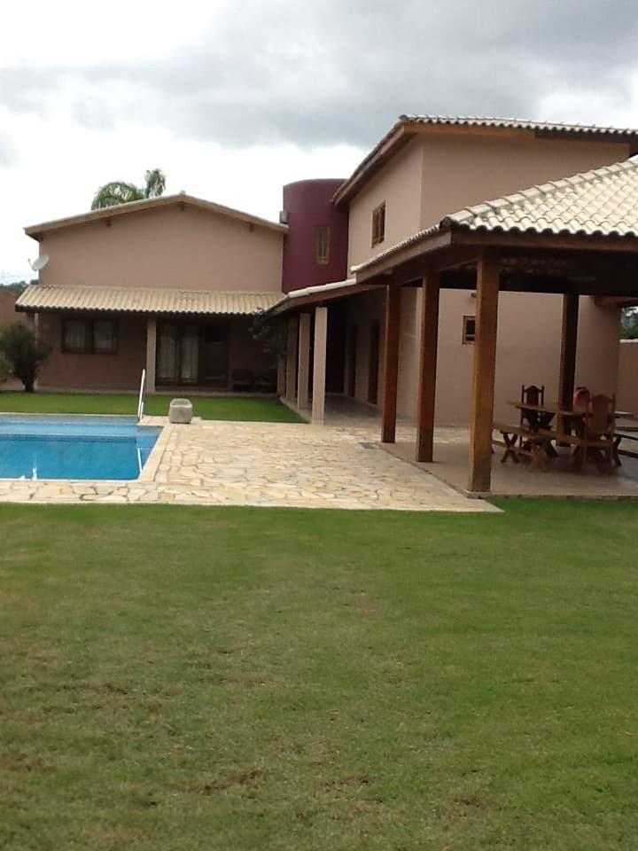 Casa de Campo Condomínio Guararema