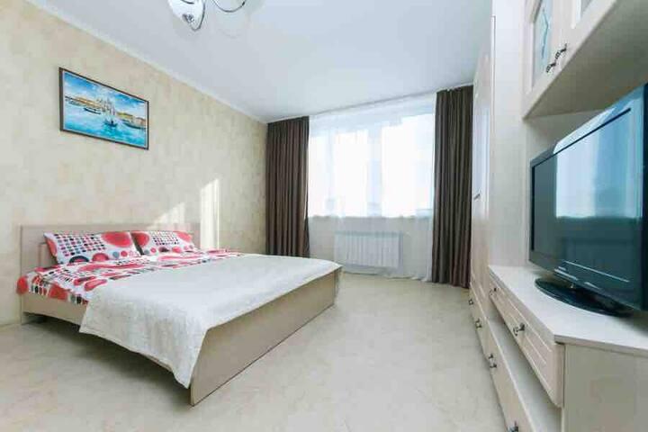 Светлая уютная квартира рядом с клиникой ADONIS