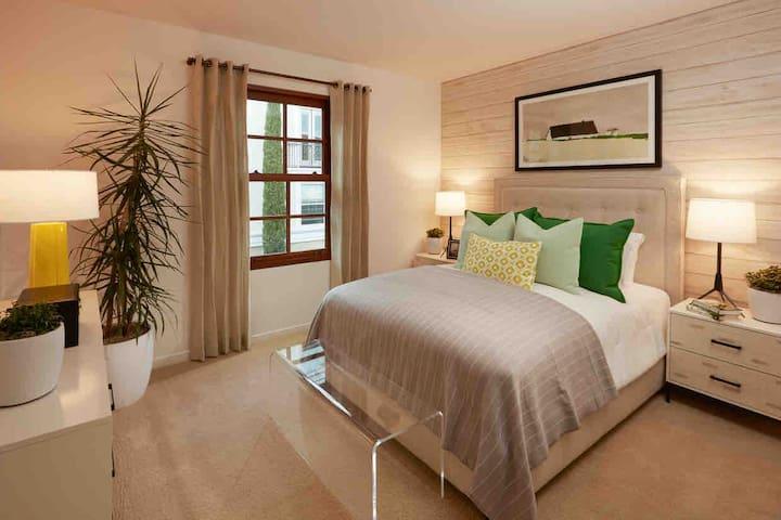 One bedroom apartment.
