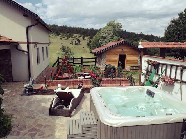 House Francikovac in Mountain