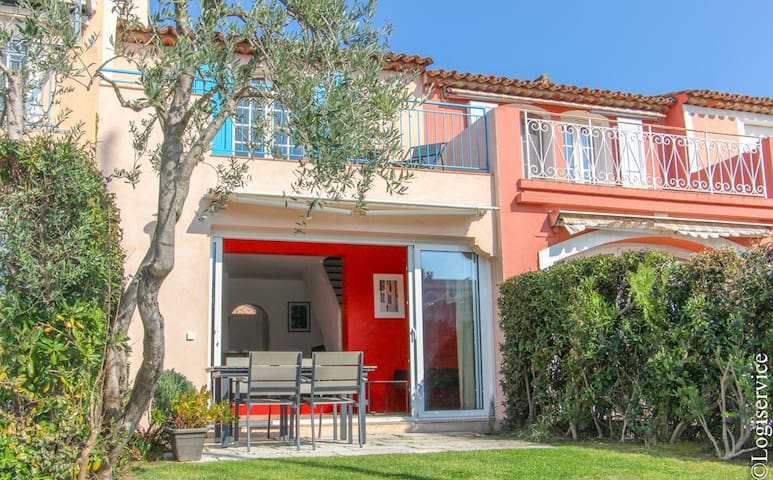 House 4 persons & 12 m mooring Port Grimaud