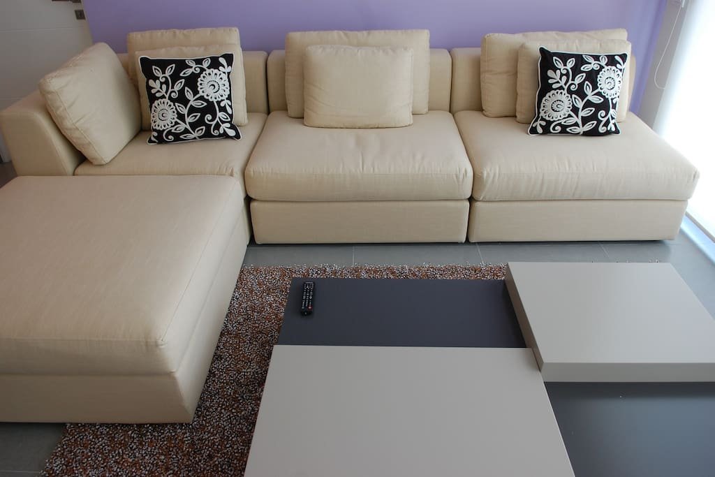 comfotable Sofa