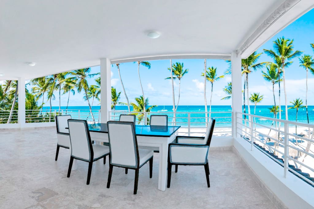 Absolutely gorgeous ocean view! Incomparable! So you'll have your unique vacation and best memories!