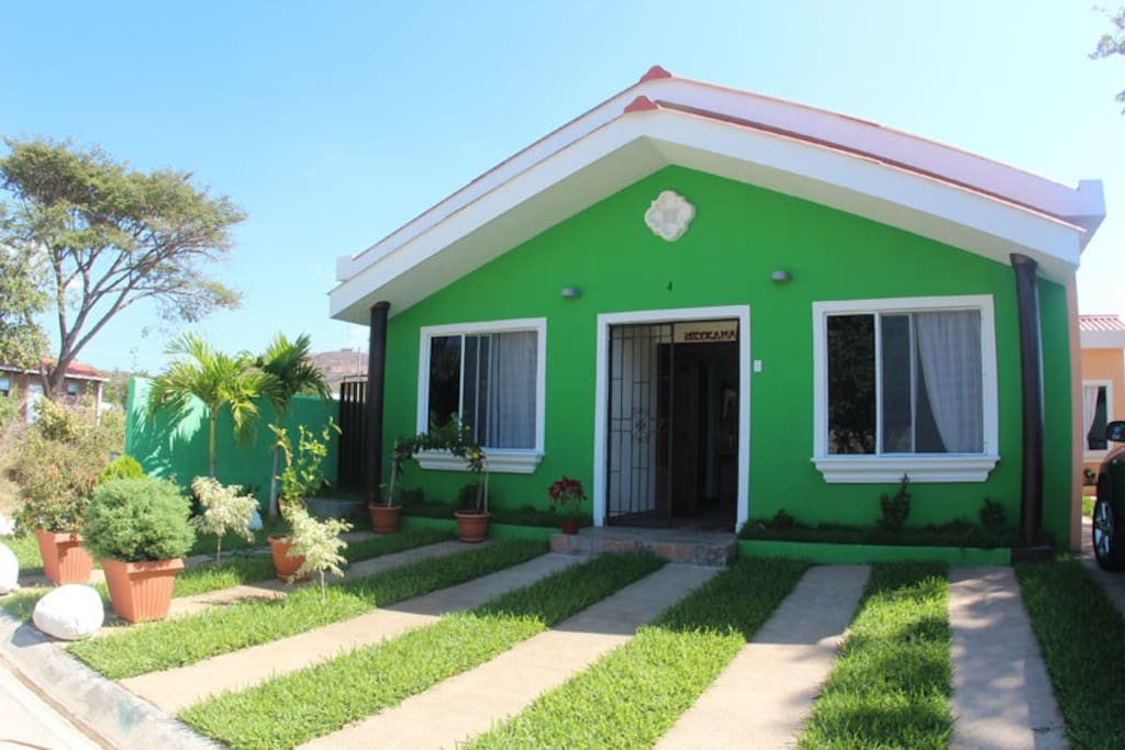 Beach house san blas meykamar houses for rent in la for Rent a house la