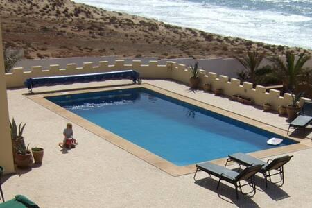 Magnificent Villa on the beach - Tiznit - Villa