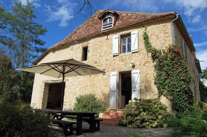Secluded Gascon Farmhouse - Aignan - Haus
