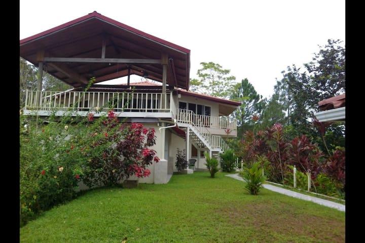 Nomad Living Villa - Sandia Room - โบกัส เดล โทโร - บ้าน