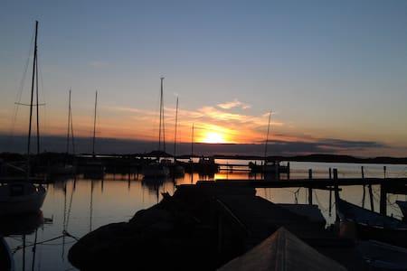 Unique located sailingboat - Göteborg