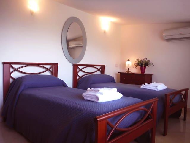 Camera 1 con letti separati
