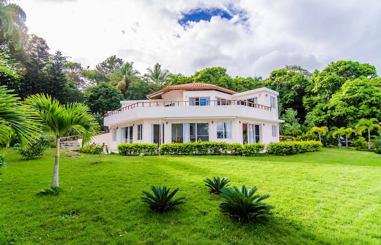 Lovely villa with ocean view  - Puerto Plata - Rumah