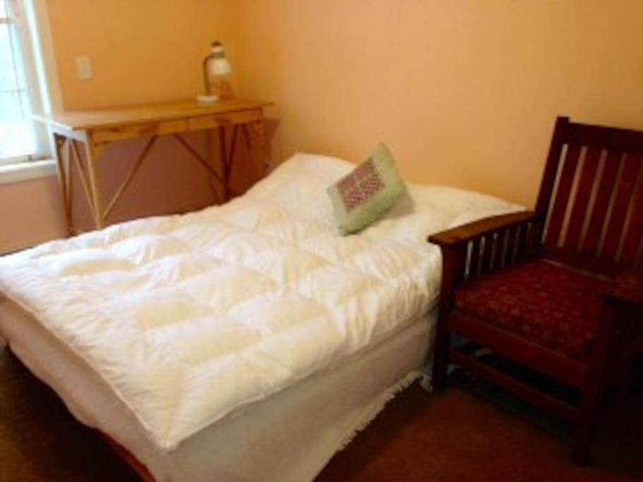 Room with a double bed - for one or two