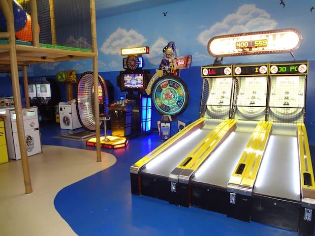 Games room - Salão de jogos