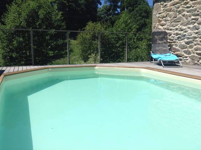 Moulin de Limayrac, with swimming pool, Belcastel