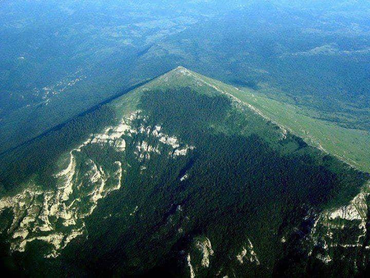 Pansion Radgost, Mystic mt. Rtanj, Serbian pyramid