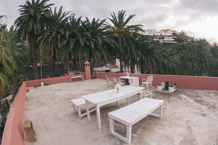 Cozy Private room shared housein Puerto de la Cruz