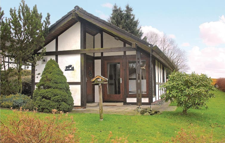 Holiday cottage with 3 bedrooms on 60 m² in Meschede-Mielinghausen