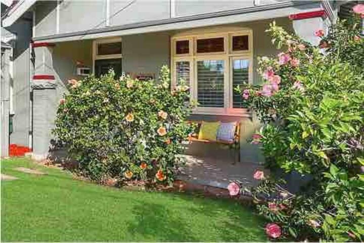 Sydney 悉尼市区3房(Chatswood )花园豪华别墅三间独立双人卧室