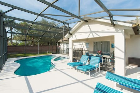 South Facing Pool / WiFi & Cable / Games Room - Kissimmee - Villa