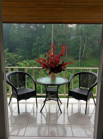 Nomad Living Villa Master Suite - Bocas del Toro, - Huis