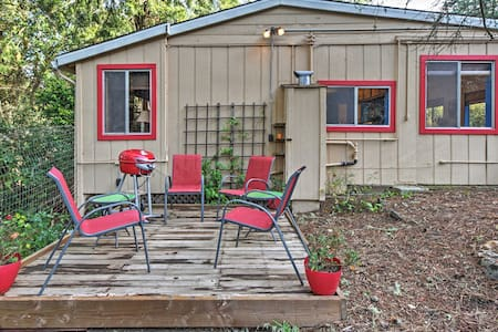 1BR Occidental Cottage Surrounded by Nature! - Occidental - Cabin - 1