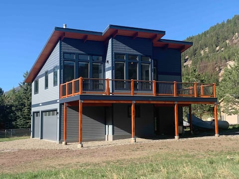 Modern guest house in Lake City