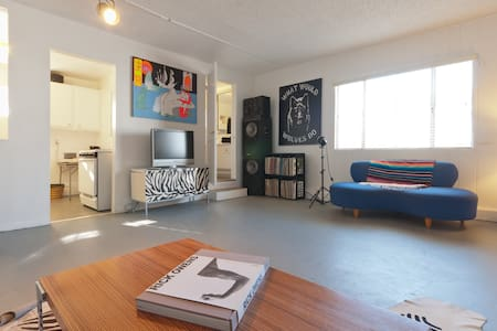 Best Location - Guesthouse/Art Loft - Venice
