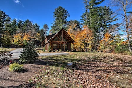 LUXURY CHALET w/King Beds at the foot of Cranmore