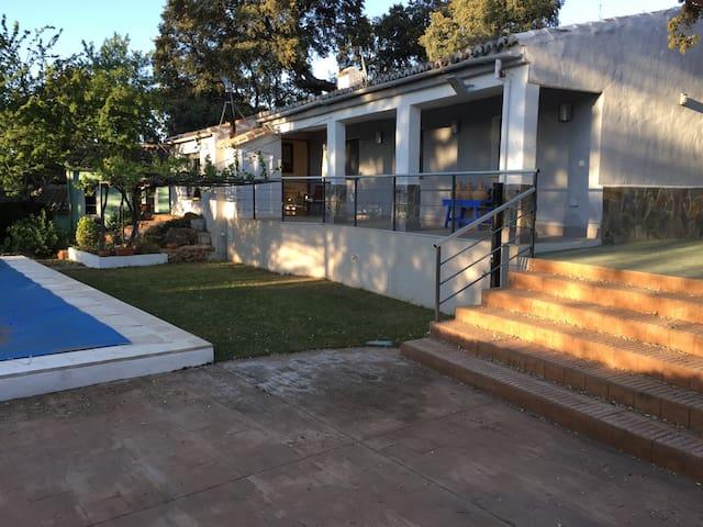 Preciosa casa de campo a 2km Ronda - Ronda - Hus