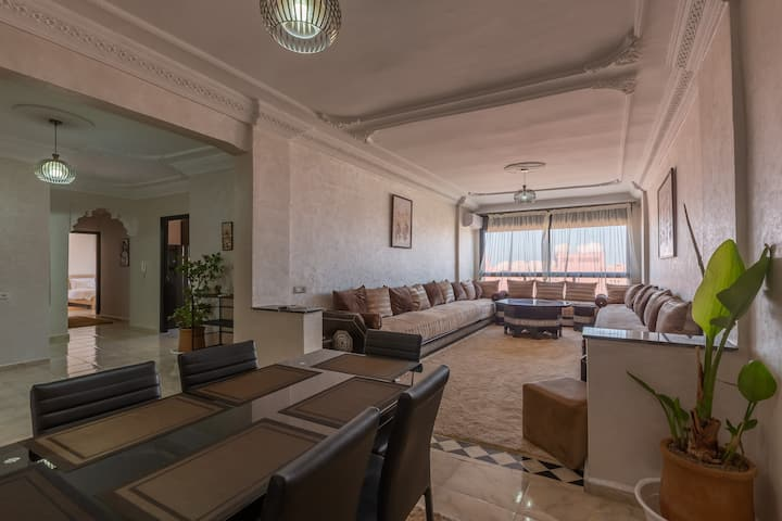 Beautiful & spacious apartment/downtown Marrakech