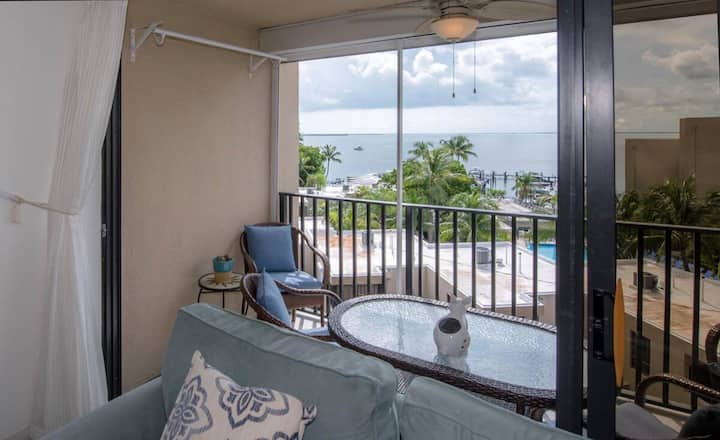 Moon Bay Condo Key Largo with amazing Sunset views