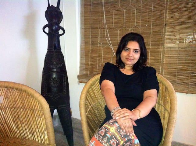 Aashirvaad Palms Std.Room-EthnicDecor A+Amenities