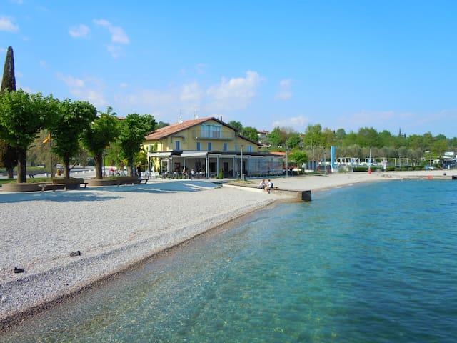 """""""I papaveri"""", bilocale fronte lago - Moniga del Garda - Lägenhet"""
