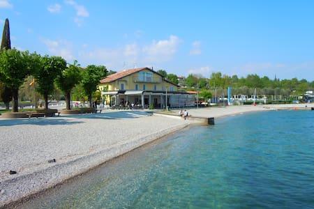 """""""I papaveri"""", bilocale fronte lago - Moniga del Garda - Pis"""