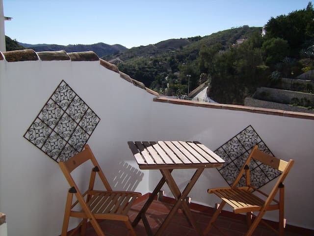 Townhouse in Salares white village - Salares - Huis