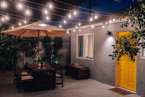 New Chic 1 bd Guest House next to LAX, Beach, DTLA