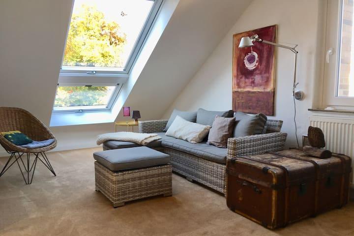Wunderbar helles Apartment in grüner ruhiger Lage