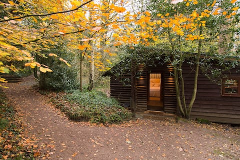 Pinetum Log Cabin