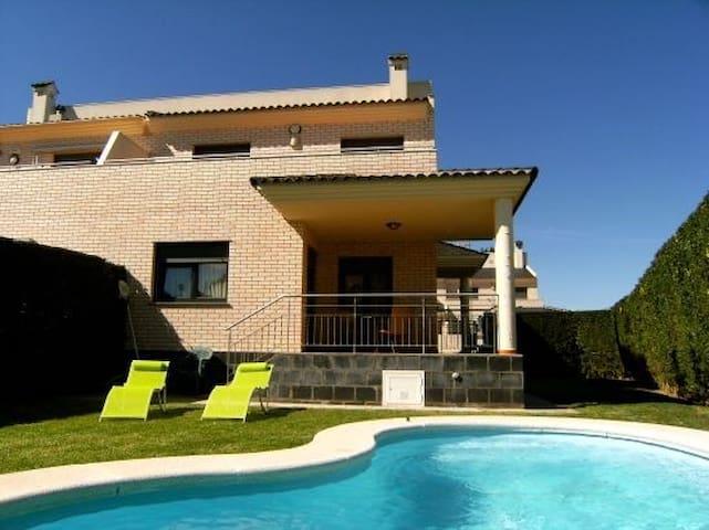 Villa Juan con Piscina, Vinaros. WIFI - Vinaròs - Casa