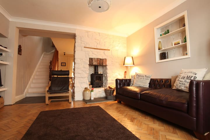 Pembrokeshire, Town House, Narberth - Narberth