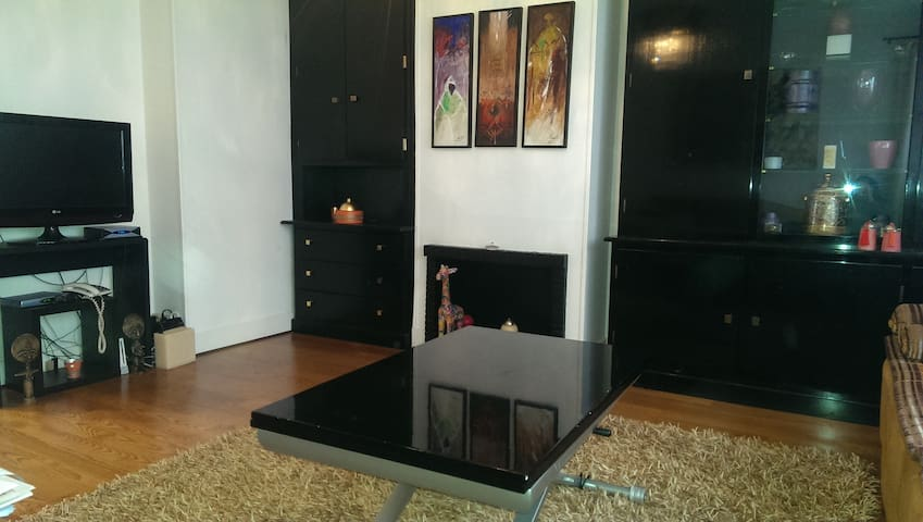 Apt 80m2,7 pers, 15mn ChampsElysees