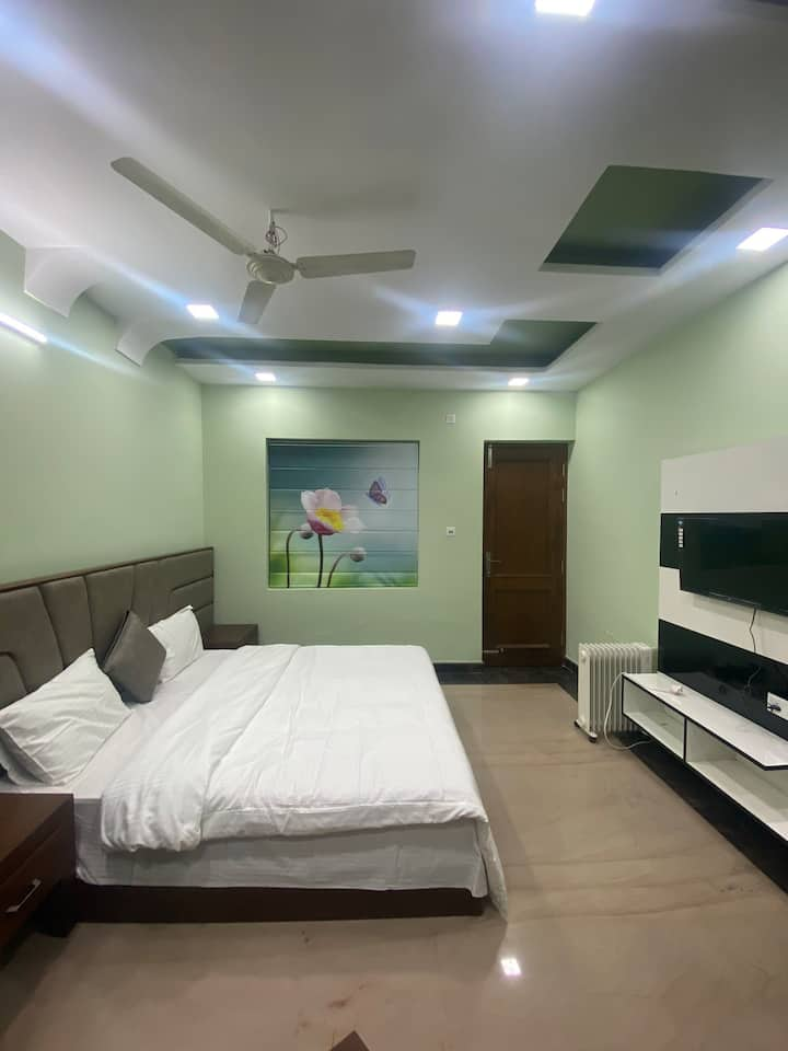 Nature key home  Full furnished house,with terrace