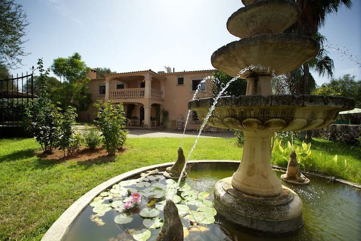 R.153 Amazing country house with Pool and tennis - Algaida - House