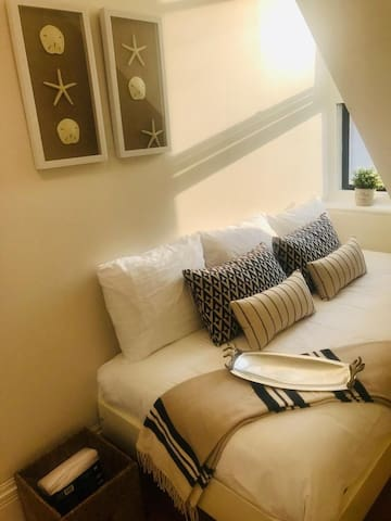 3D / Cozy Clean Room, Heritage Coliving House